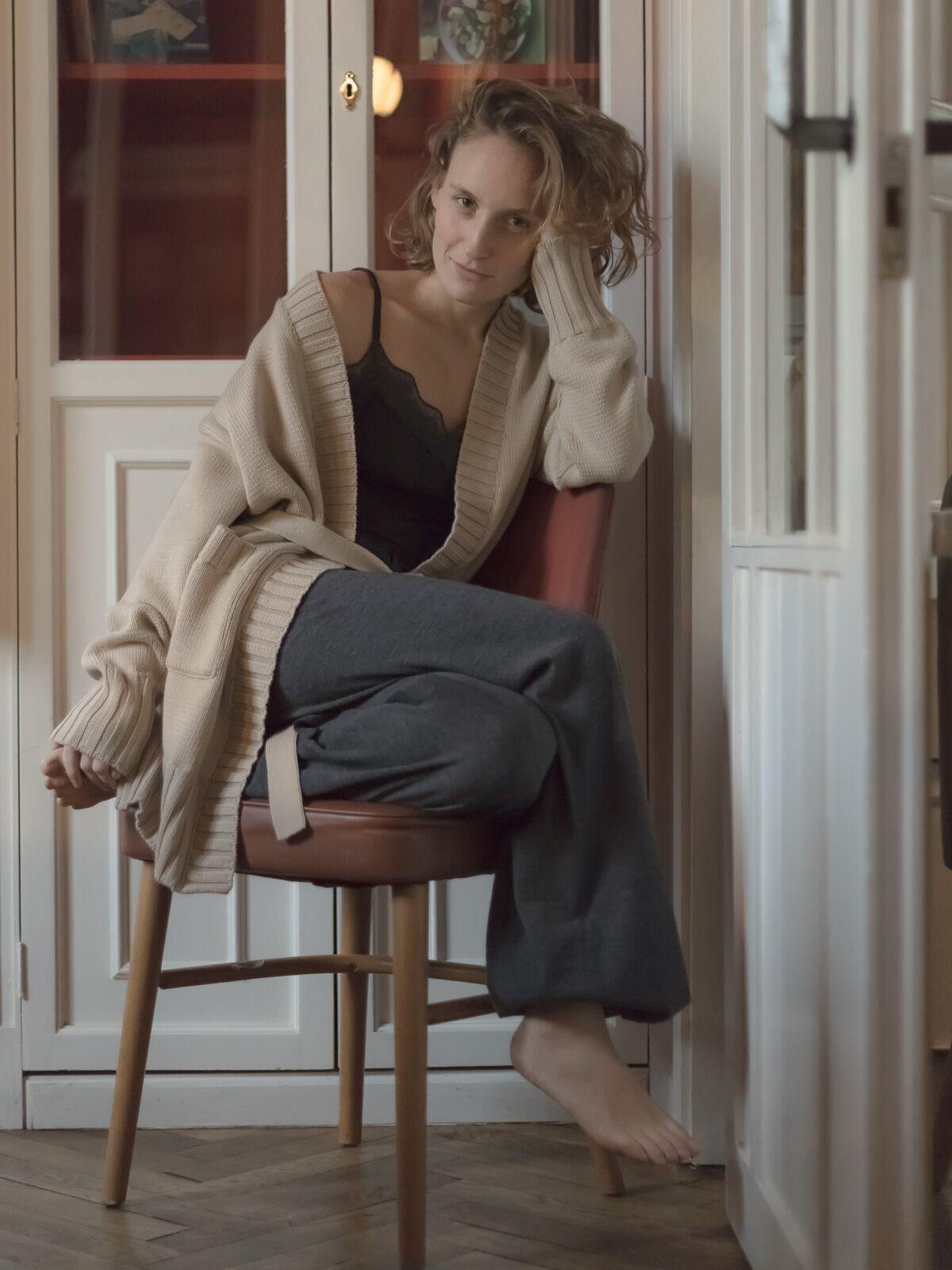 Chaqueta larga cinturón lana Merino